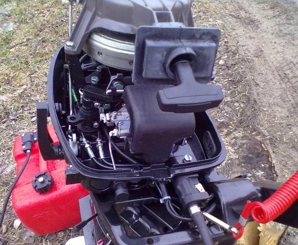 обкатка четырехтактного лодочного двигателя